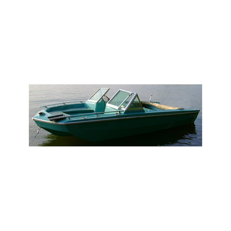 Tri-Hull Runabout Inboard/Outboard