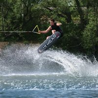 AIRHEAD AHW-20202 SPIKE WAKEBOARD WITH VENOM SIZE 9 TO 12 MENS BINDING
